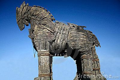 caballo-de-madera-del-troya-3217255